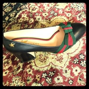 Gucci Pumps 7.5